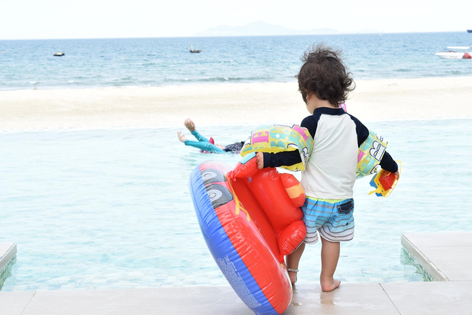 赤ちゃん・子どものプール&海水浴に必要な水着&ウェア