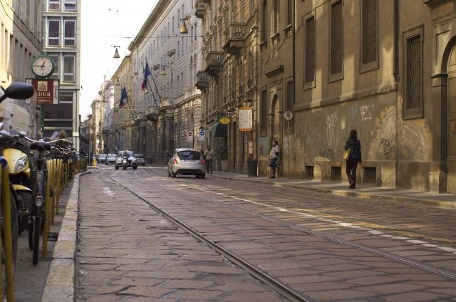 イタリアの石畳でも快適走行