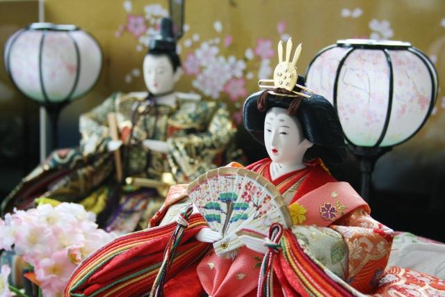 親王飾りひな人形